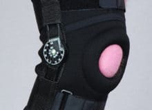 Orteza stawu kolanowego stabilizująca zregulacją kąta zgięcia co 15 st.